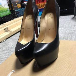 Black Christian Louboutin size 38 heels